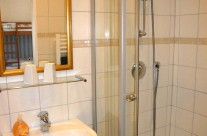 Apartment Bad Dusche